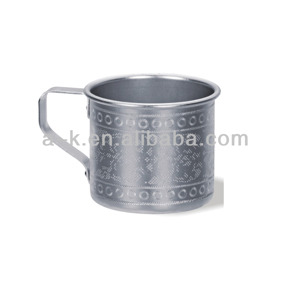 Aluminum polished colored drinking cups for elderly