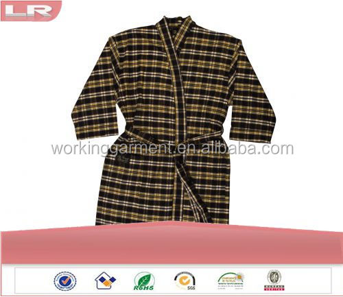 Wholesale OEM Winter Plaid Soft Flannel Men's Robe Leisure Wear