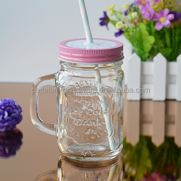 Transparent mason jar glass mug with lid and straw