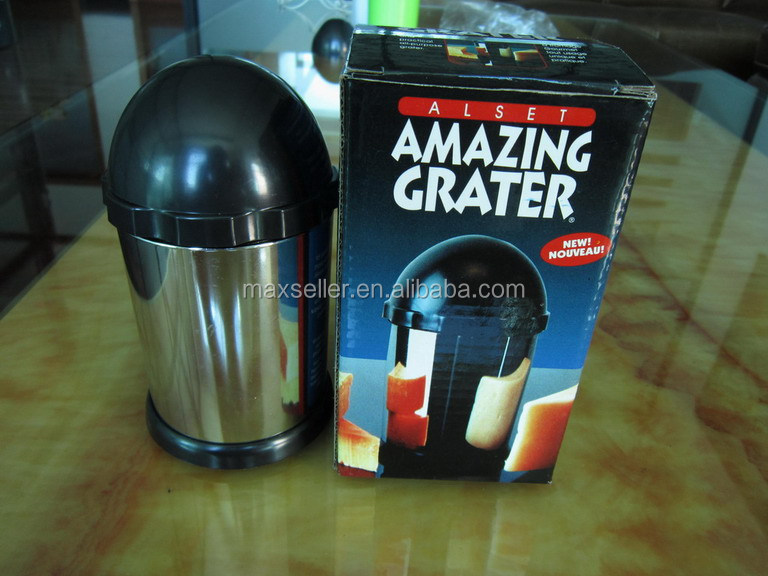 Hot selling Amazing grater cheese mill with 2 stainless steel blades