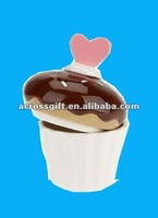 cute hand-painted white ceramic icecream shape cupcake pot with heart shape handle