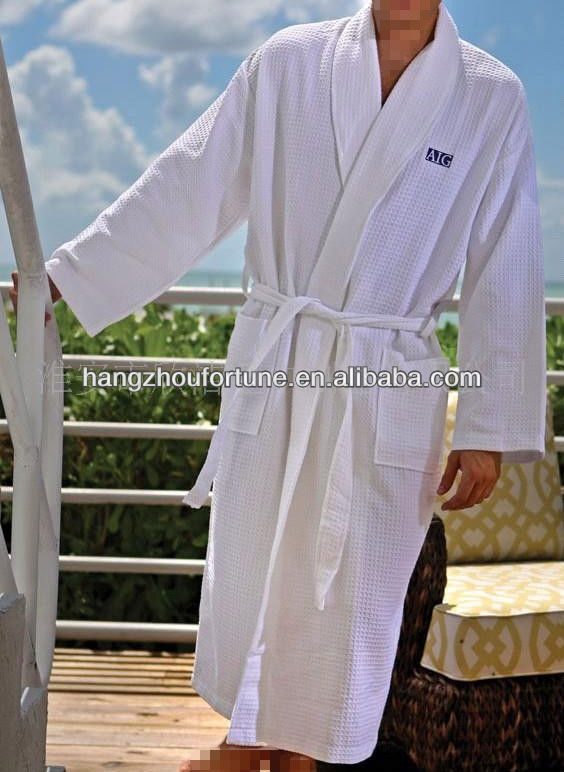 custom logo white cotton waffle men's bathrobe