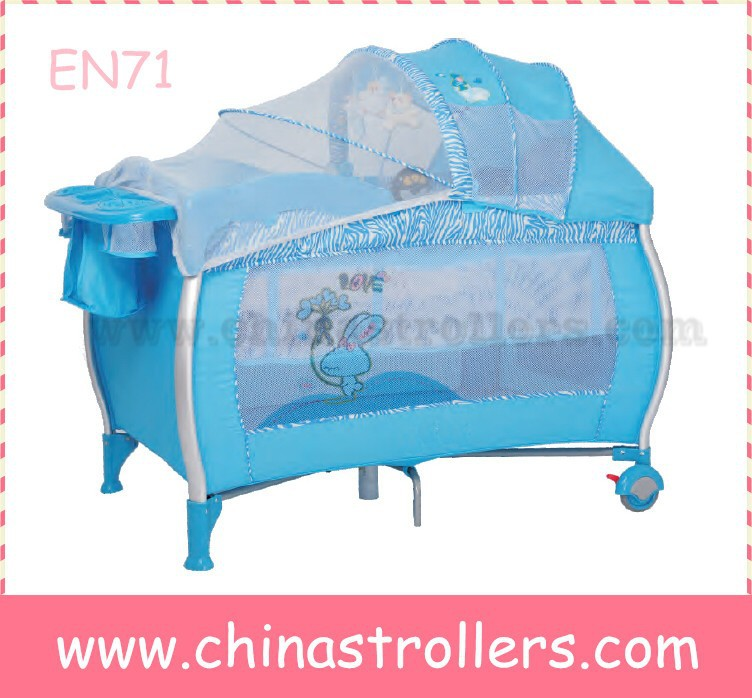 Baby playpen / travel cot / baby playyard