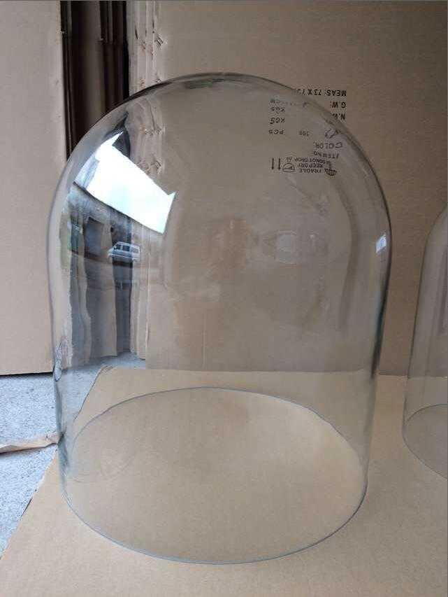 large-display-glass-dome-cloche-diameter-50cm-height-60cm.png