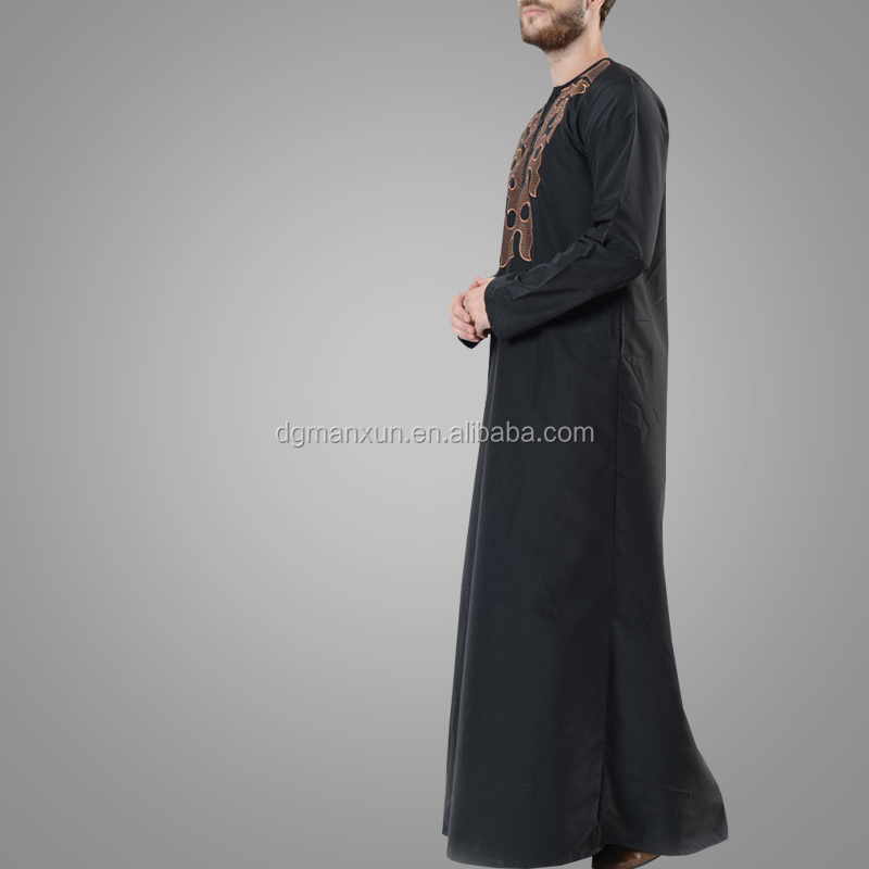 Latest Style Modern Design Fire Embroidered Men's Thobe Fashion Jubba Islamic Men Clothing