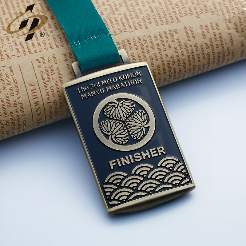 Top quality  custom bronze enamel running sports metal finisher medal made in China