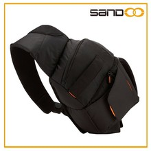 New design hot selling nylon camera bag, lightweight sling photo bag
