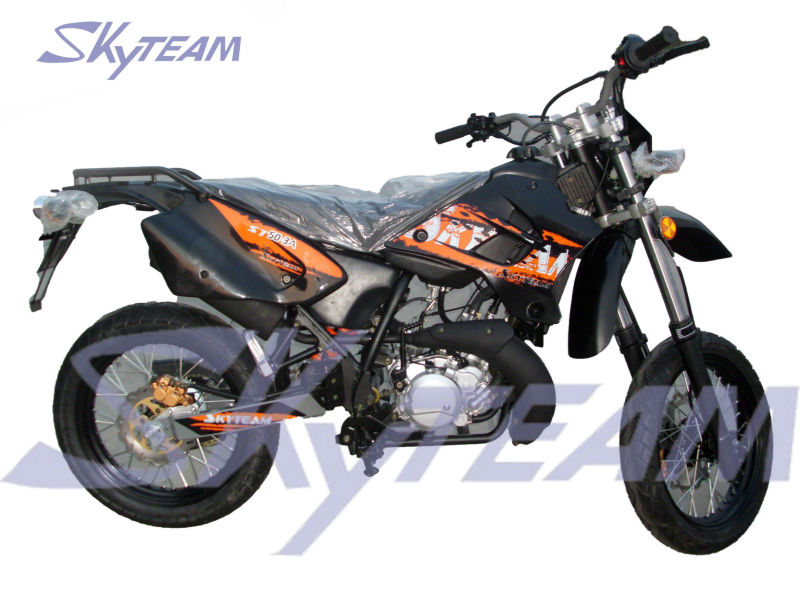 SKYTEAM 50cc 2 stroke Enduro Trail Bike Motorcycle (EEC Approval)