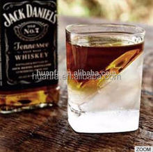 New design multifunctional Whisky ice cup Whisky Wedge glass with Silicone Ice Form