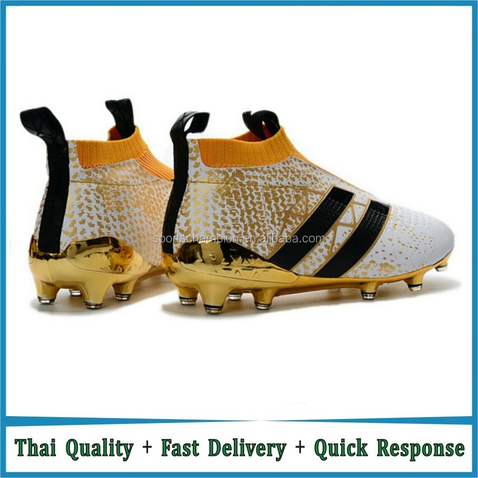 Wholesale Factory Price PU Upper TPU Sole Soccer / Football Shoe Boots Cleats