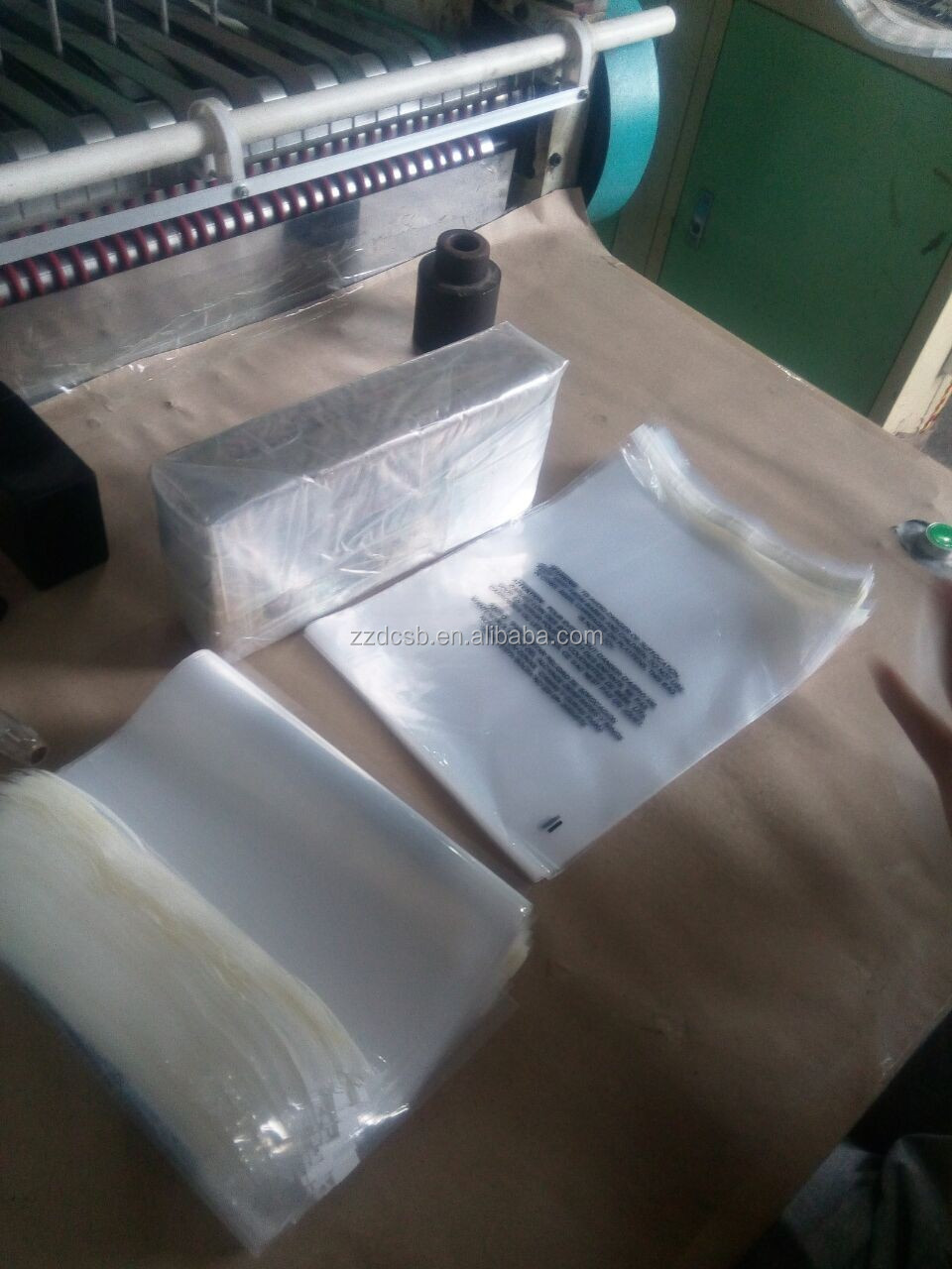 Clear 1.5mil (38micron) PP/LDPE 9*12 inch Polybag With Strong Glue Tape & Black Suffocation Warning Printing