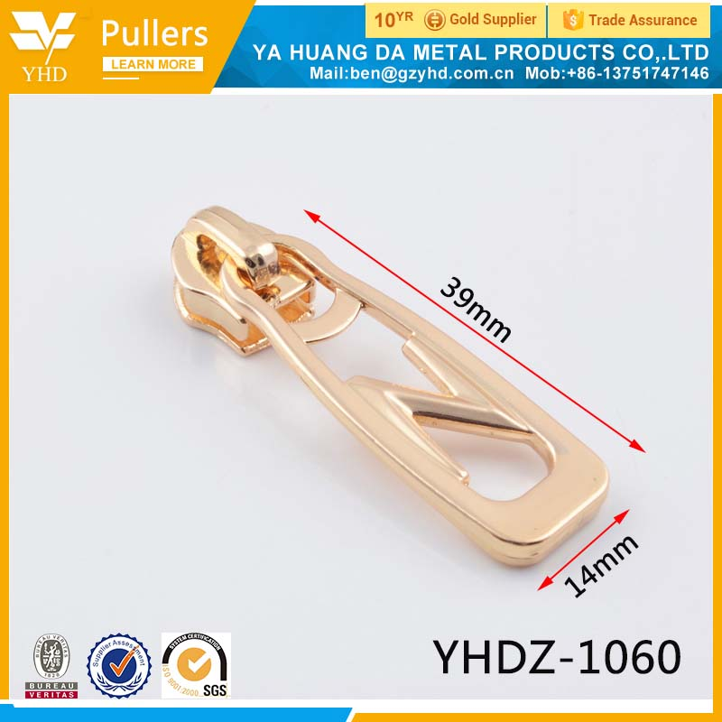 Zinc alloy puller with custom for new products