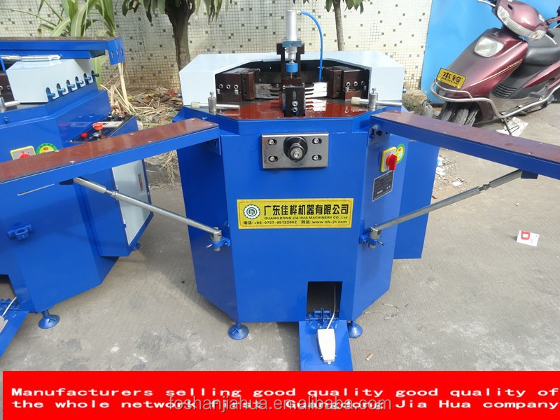 Multi-thread combination drilling machine for doors and windows machine