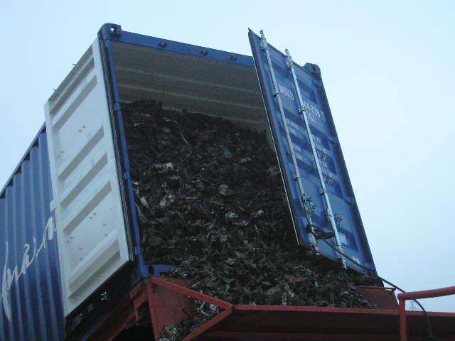 Shredded scrap 211