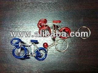 Manufacturer and distributor of handmade wire bicycle keychain form and color