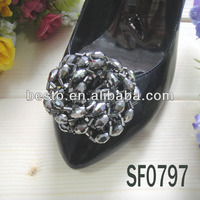 Wholesale Black Shinning Entwined Bead Shoe