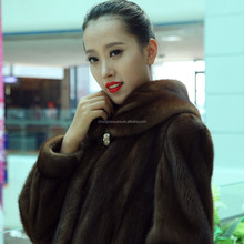 Y15A001 Natural black women mink fur coat with lynx hood lining