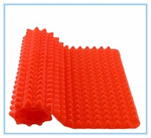 Hot Selling High Quality Non-Stick Pyramid Pan Silicone Baking Mat From China