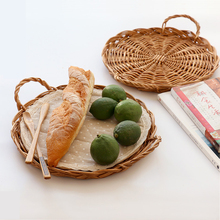 Handwoven Wicker Tray Round Willow Bread Tray with handles wholesale