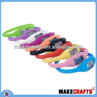 13 colors in stock fashion silicone watch