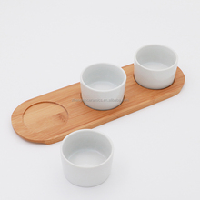 Nice design high quality white ceramic nuts and candy dishes set with wooden tray for daily use