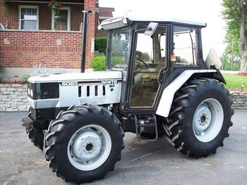White 6065 Tractor & Cab - 4x4 - 2148 Hours