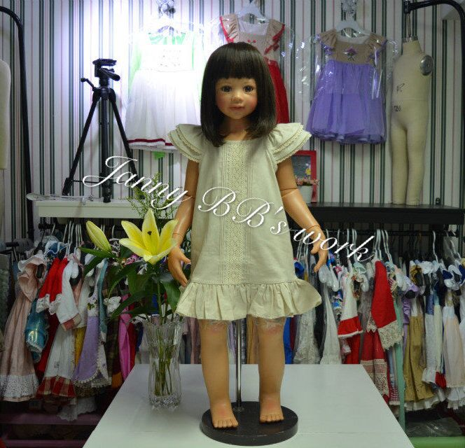 2016 frock designs cotton linen yellow&grey stock items front lace boutique dress for kids