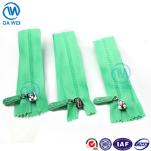 DAWEI brand plastic long chain plastic zipper roll