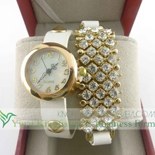 Leather wrap ladies rhinestone pave bracelet watch China wholesale supplier