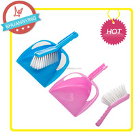 SY-3112 plastic mini broom with dustpan 9.5cm long PET bristels srong and stiff for durable use