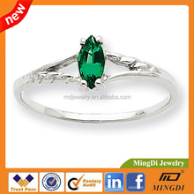 2015 fashion 10k White Gold Genuine Emerald Birthstone Ring - Size 6 , CZ stone 925 Sterling Silver rings for women fashion ring