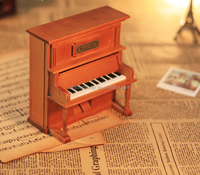 High-end decoration piano wooden music box shaped wedding favors gift music box custom wind up music box