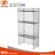 Single wire mesh display panel for hanging shoes