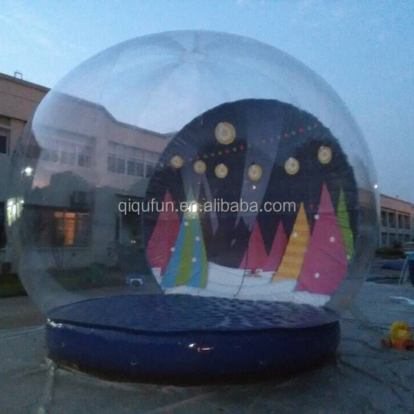 Latest giant Xmas pvc transparent outdoor decoration CE certificate air blown giant inflatable chrimstma snow globe for sale