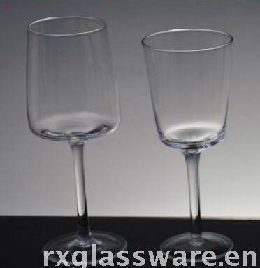 clear cylinder champagne glass with short stem