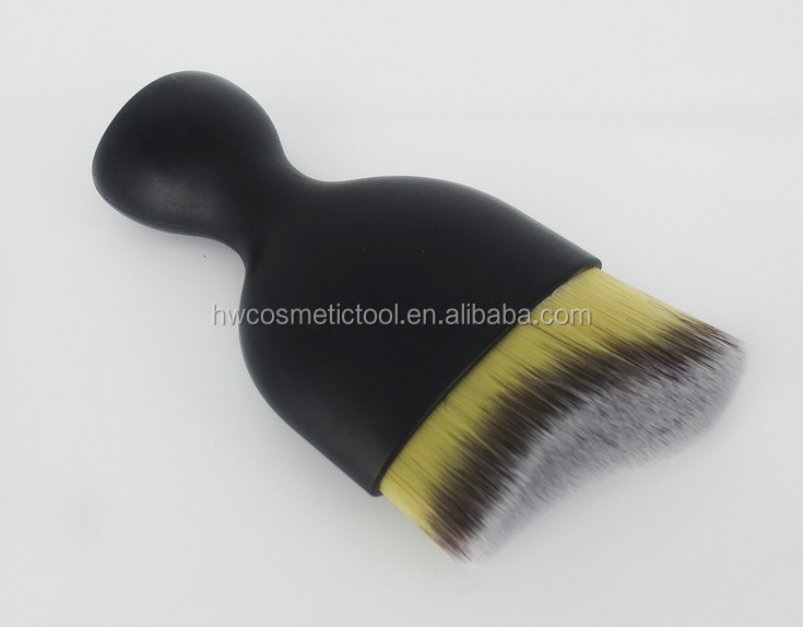Black flat curved contour shadow Foundation brush