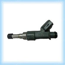 High Quality Engine Parts FUEL INJECTOR /NOZZLE for Quantum Hiace 2005 OE:23250-75100