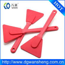 wholesale kitchen gadget 100% food grade silicone scraper for cake/pan