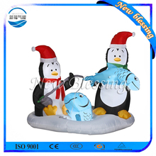 Custom design inflatable christmas penguin decoration, animated christmas penguin