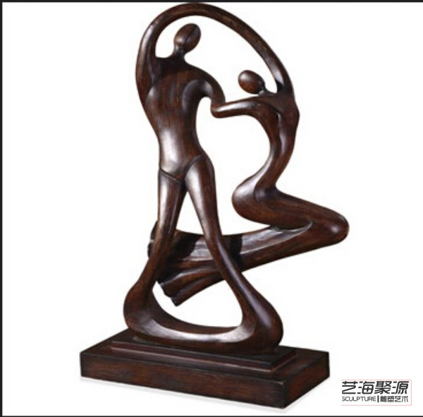 Dancing with root sculpture