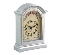classic Wooden European-style table clock