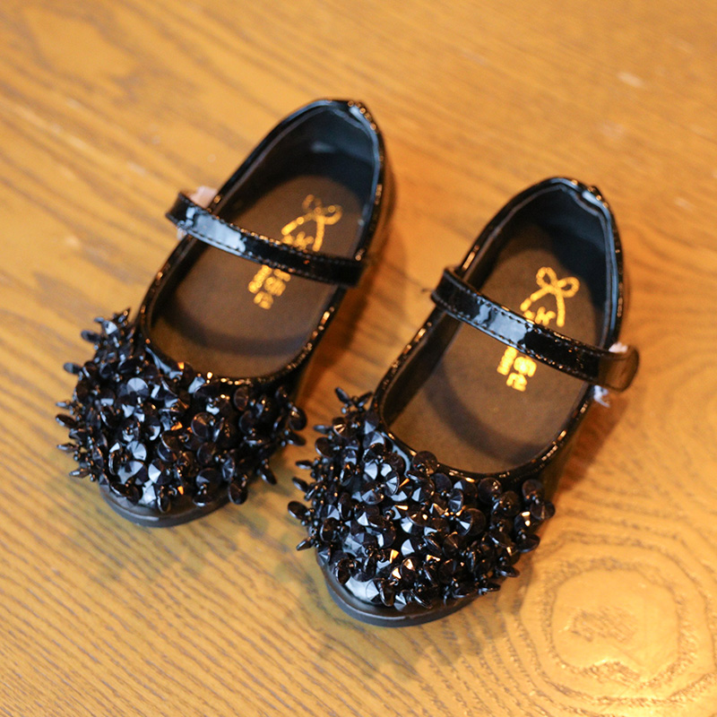 Hot selling child black roll up ballet girls dancing belly shoes