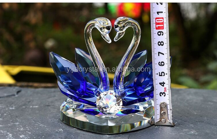 2016 new design mix colors best seller factory directly sale crystal couple swan for wedding gift