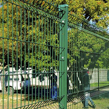 2018 alibaba green wire mesh fence