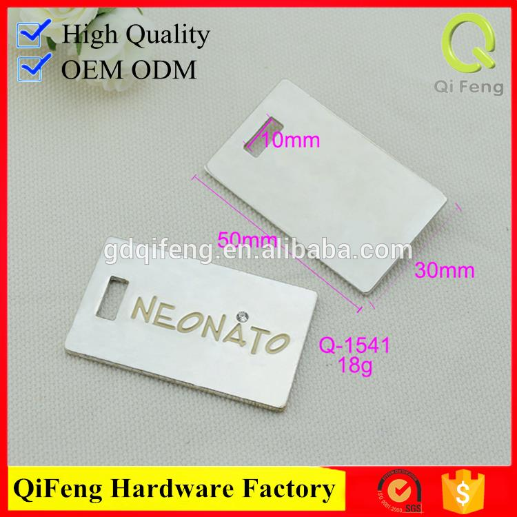 Q-3635 bag accessory metal label silver /light gold logo plate