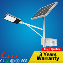 Free Sample Design CE RoHS 30W LED Solar Street Light With Pole