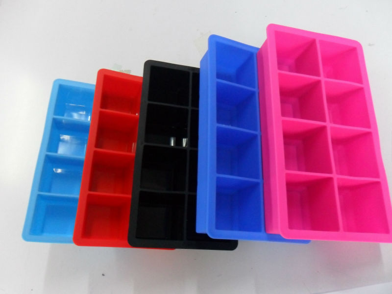 Arctic Chill Large silicone ice cube mould Keep Your Drink Chilled For Hours Without Diluting It - Lifetime Guarantee