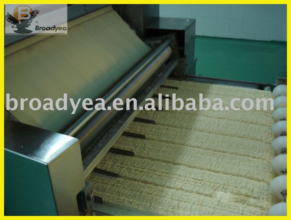 Finishing machine for instant noodle production line
