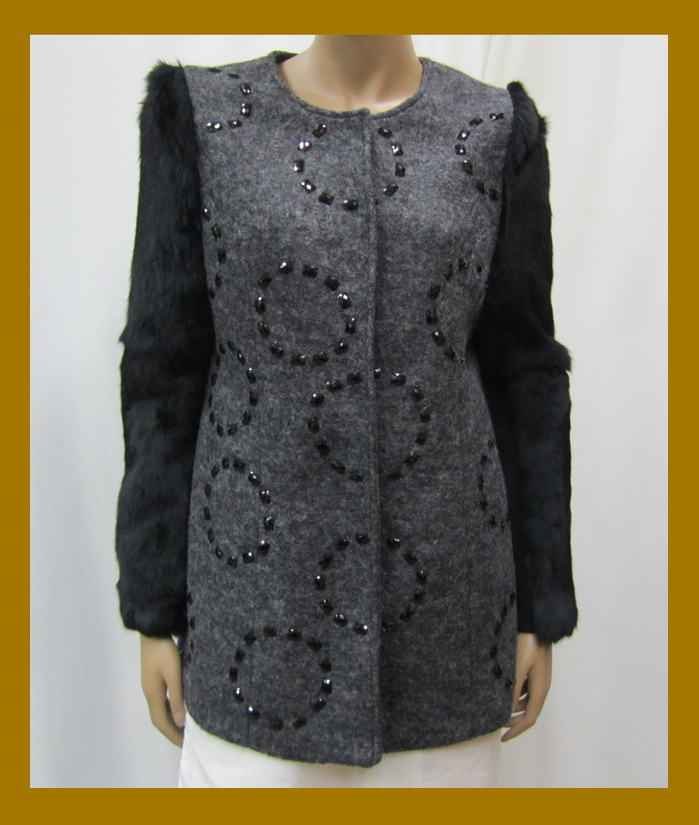 wholesale clothing with resin decorative beads with rabbit fur sleeve winter wool coat women