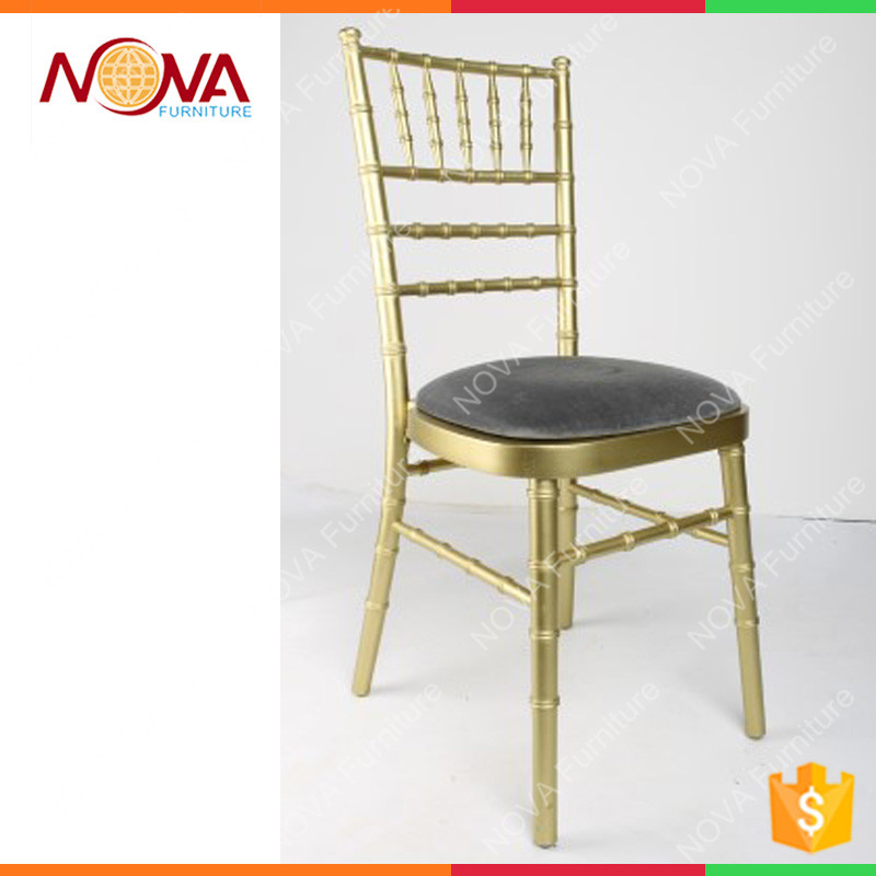 High quality modern design golden iron steel stackable cheap chiavari tiffany wedding chairs with cushion for sale